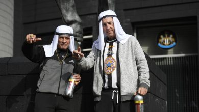 """صورة نيوكاسل يونايتد يتراجع عن مطالبته جماهيره بعدم ارتداء """"أزياء عربية تقليدية"""""""