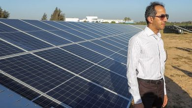 """صورة الرئيس التنفيذي لـشركه """"المراعي"""" يفتتح محطة الطاقة الشمسية الجديدة لشركة """"بيتي"""" على مساحة 20 فدان"""