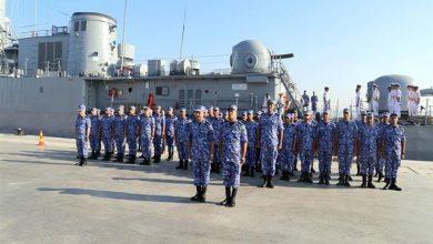 صورة القوات البحرية تجري تدريبات مشتركة مع القوات اليونانية والأمريكية والإسبانية